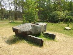 EuropaHammer (Tom Paton) Tags: sculpture holland netherlands hammer nationalparkdehogeveluwe europahammer