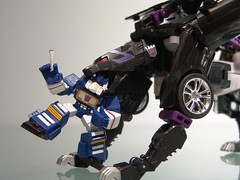 "Soundwave and Ravage (Joriel ""Joz"" Jimenez) Tags: wheel closeup robot explore transformers webcomic reefer hasbro decepticon cassettetape decepticons alternators ravage explored jorieljimenez robotheroes alternatorsravage anythingtransformers"