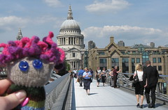 swatchy c st pauls and the millenium bridge