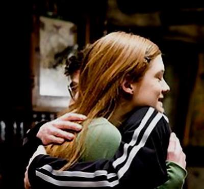 Harry Potter y el misterio del príncipe, abrazo Harry y Ginny