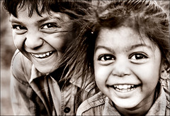 smile ON smile (bnilesh) Tags: people india shots expression visualart outstanding outstandingshots 400d candidchildren mywinners
