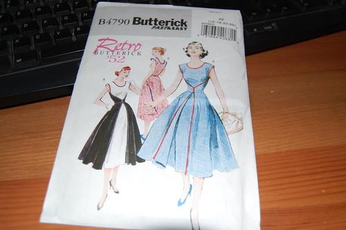 Butterick B4790