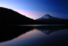 Trillium Lake Reflection (Gigapic) Tags: usa lake reflection night oregon landscape trillium landscapes unitedstates mthood hero winner reflexos soe ssunset 18135mmf3556g aplusphoto photofaceoffwinner photofaceoffplatinum pfogold herowinner