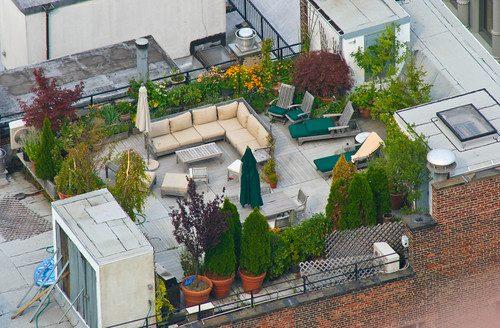 2718766866 4fdbd658b9 Rooftop Gardens in New York City