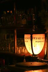 Le parfumeur et le 45 tours (a n n ! c k) Tags: bar alcool qubec hmmm quebeccity vieuxqubec hauteville steangle