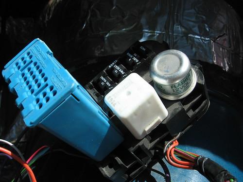 2782059044_b8e6d72d40?v=0 dash wiring harness third generation f body message boards Third Gen Camaro BMW Headlight Conversion at creativeand.co