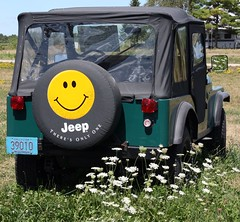 Smile  Be Happy (akahodag) Tags: jeep loveit smiley fabulous wi smorgasbord shawano docsharleydavidson