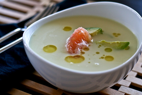 chilled fennel soup w/crab, avocado & grapefruit