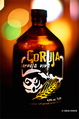 Cerveja Coruja (Omar Junior) Tags: luz beer bar wednesday happy 50mm still agua dof bokeh cerveza artesanal coruja bier cerveja 12 birra viva ceva bire desfocada malte lpulo chopp  trago zelig desfoque teutonia   50mmf12 hbw  cervejaviva cervejacoruja