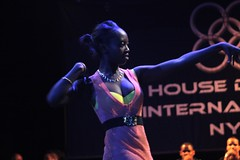 Axelle Munzero (HouseDanceNYC) Tags: hdi whacking housedanceinternational waacking housedancer