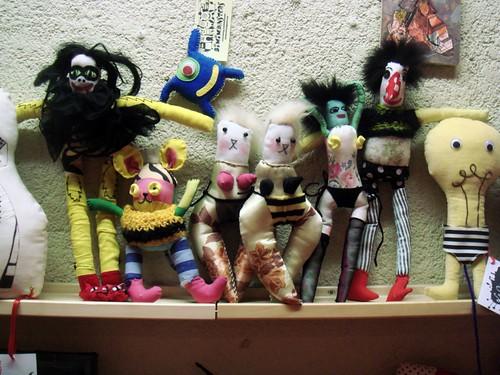 Los muñecos de Gina