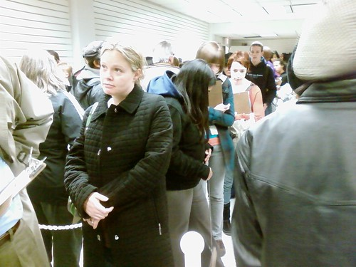 Waiting to vote in Cleveland (2)