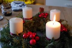 nov 30 (333-365) advent wreath
