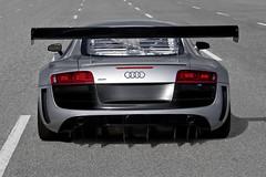 GT3-Spec Audi R8 LMS .........