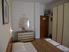 Hotel Midi: camera (robbyrobby75) Tags: costa relax hotel mare spiaggia vacanza vacanze allinclusive romagna albergo rivieraromagnola costaadriatica gatteo gatteomare gatteoamare gatteomarevillage
