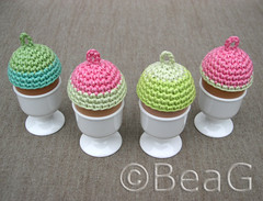 Egg Hats (Eiermutsjes) (Made by BeaG) Tags: original easter creativity design colorful artist belgium designer handmade unique oneofakind ooak kunst crochet hats belgi creation eggs colourful crocheted unica eastereggs unicum cozies easterdecoration beag easterdecorations eggcozy easterfun easterdecor kunstenares uniquedesign ontwerpster eggcozies originaldesigner creativedesigner eastercrafting colorfuleastereggs egghat egghats eiermutsjes colourfuleastereggs easterhomedecor colourfuleaster colorfuleaster designedandmadebybeag uniekontwerp ontworpenengemaaktdoorbeag