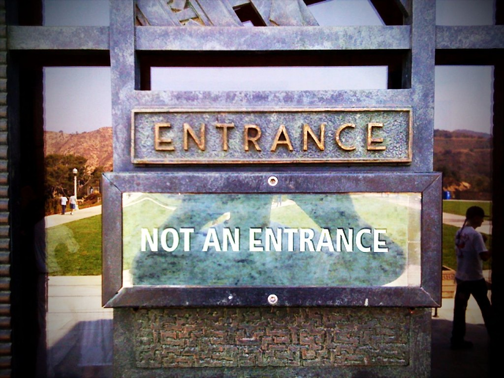 Entrance No Entrance (Push/Pull Mix)