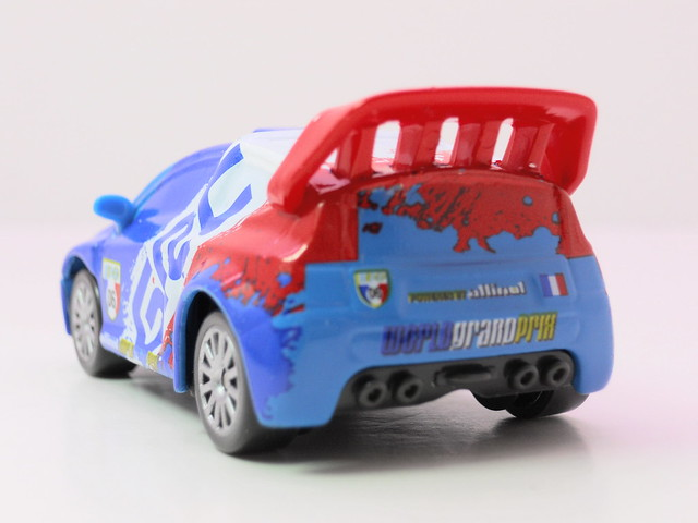 disney cars 2 raoul caroule (4)