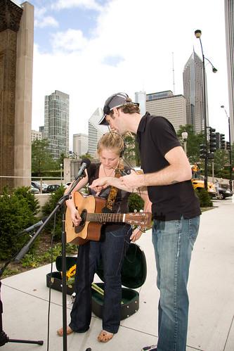 ajkane_090821_chicago-street-musicians_366