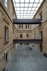 Pinacoteca Sao Paulo 05 (weyerdk) Tags: brazil texture architecture conversion saopaulo space masonry skylight modernism exhibition 1998 renovation brasileiro courtyards pinacoteca reuse restauration smoothness diaadia roughness paulomendesdarocha stateartmuseum