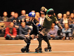 High-Speed Chase (St Paul Paul) Tags: sports minnesota athletics women minneapolis rollerderby twincities athlete rollerskate flattrack nsrg northstarrollergirls