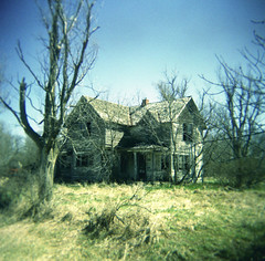 Nebraska, the good life. (Delgoff.) Tags: house home america lost holga nebraska decay deep delgoff