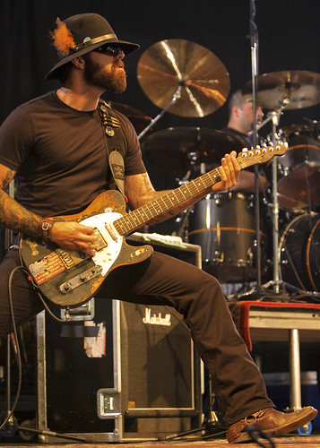 [Question] Guitare de Franky Perez 2553204920_cefb39f1d9