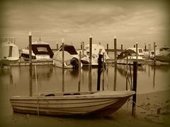 Porto Baseleghe (Lucy 70) Tags: boats barche ve porto venezia bibione rflessi