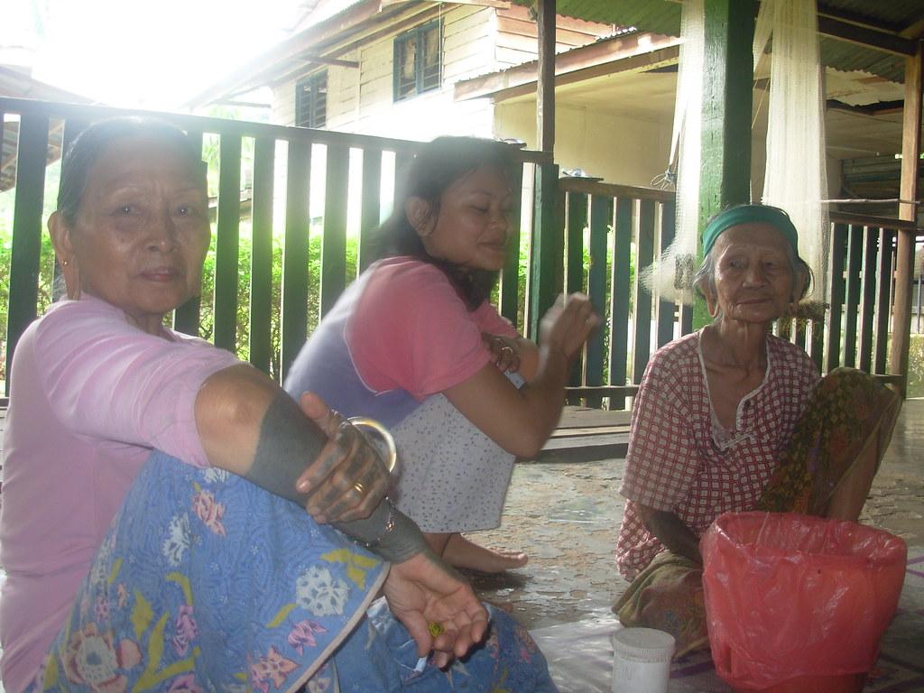 Sarawak-Belaga-LHouses (211)