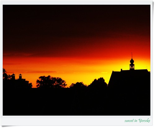 """""""(another) sunset in Yerseke """"aPicaDay032 by friendsofarnon, on Flickr"""