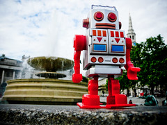 Robot in Trafalgar Square #3