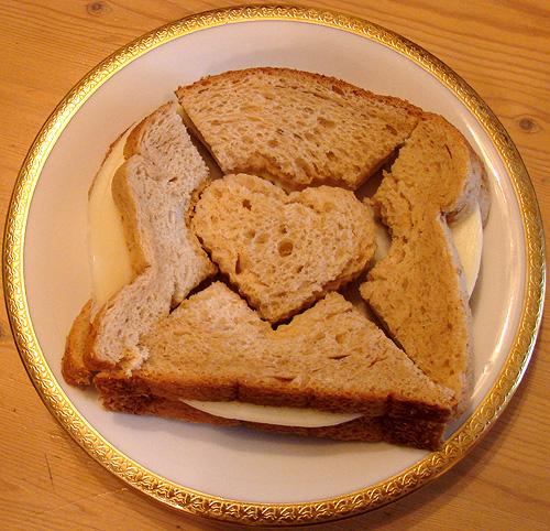 heart puzzle sandwich