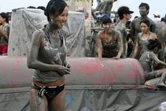 Mud Fest 2008 (Hypnotica Studios Infinite) Tags: people cute men english beach wet festival kids children asian women asia babies mud korea dirty teacher korean southkorea 2008 mudfest mudpeople foreigner daecheon boryeong