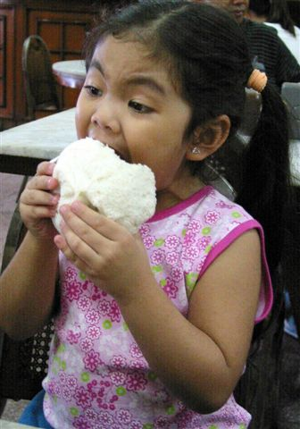 Boo eating siopao