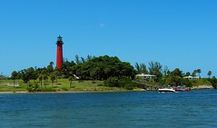 Jupiter Inlet Lighthouse, Jupiter, Florida (Scape Pics) Tags: lighthouse jupiter southflorida palmbeachcounty jupiterlighthouse photographicallyyours