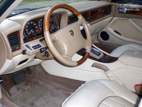 1996 Jaguar Vanden Plas
