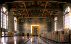 Union Station Los Angeles (s.j.pettersson) Tags: desktop wallpaper architecture vanishingpoint losangeles perspective artdeco unionstation railwaystations hdr macdesktop fineartphotography artisticphotography 1920x1200 widescreenwallpaper mywinners macwallpaper widescreendesktop artofphotography worldphotography highqualityphotography wwwsjpetterssoncom highqualitywallpaper sjpettersson highqualitywidescreenwallpaper highqualitydesktopwallpaper