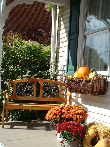 porch pumpkins