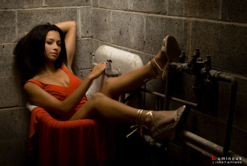 Kelly NSYC or in sink... whatever. She looks hot!