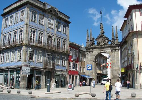 Braga: Campo das Hortas e Arco da Porta Nova