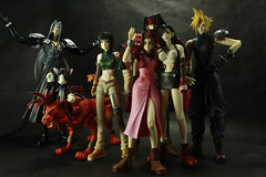 The Whole Set (Maurdyn) Tags: cloud set vincent vincentvalentine ff7 tifa finalfantasyvii yuffie sephiroth aeris ffvii cloudstrife aerith finalfantasy7 yuffiekisaragi aerisgainsborough redxiii caitsith aerithgainsborough tifalockhart completeset squareenixplayarts finalfantasyviiplayarts completefinalfantasyviiplayarts