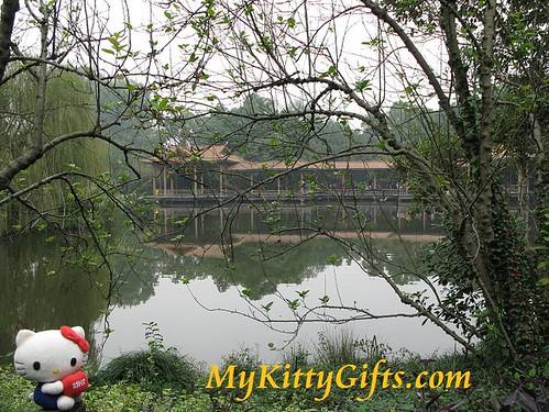 Hello Kitty at Wei Villa of Peony Garden HangZhou