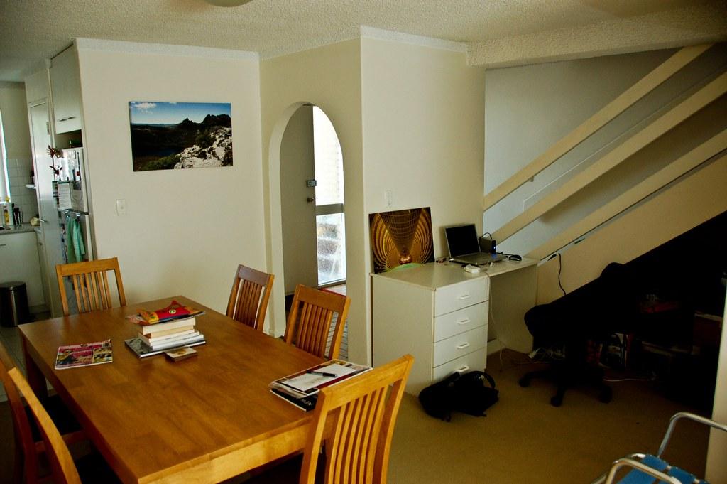 DSC 0527-20 Dining Room.jpg