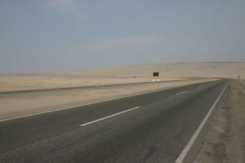 Same scenery as yesterday...Hot and boring desert.