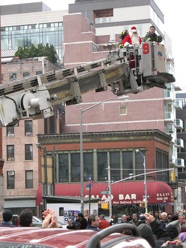 FDNY rescues Santa