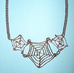 Arachlace