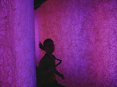 Running child (Angela's eyes) Tags: child purple running denhaag kind ponytail rennen museumvoorcommunicatie paardestaart