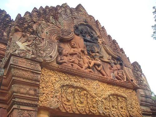 the combat between Bali and Sugreeva