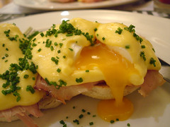 Dripping Yolk (su-lin) Tags: food london english broken yellow restaurant egg ham drip eggs brunch inside muffin crumpet chives chiswick yolk hollandaise poached benedict samsbrasserie