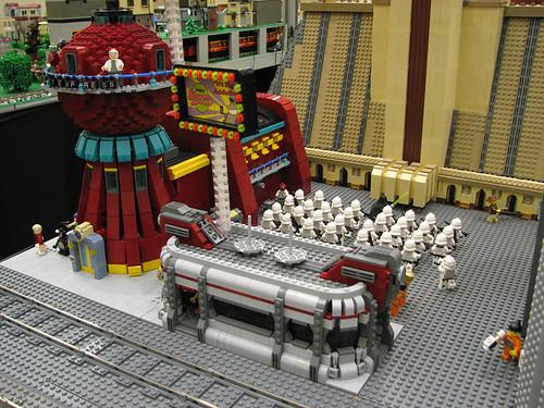 Futurama Lego Dexter Diner